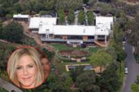 Casa - Los Angeles - 08-05-2013 - Aria di cambiamento per Jennifer Aniston