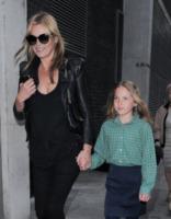 Lila Grace Moss, Kate Moss - Londra - 08-05-2013 - Tale madre tale figlia, giovanissima: la riconosci?