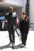 Kim Kardashian, Kanye West - Bel Air - 11-05-2013 - Kayne West: Kim, quanto sei faticosa!