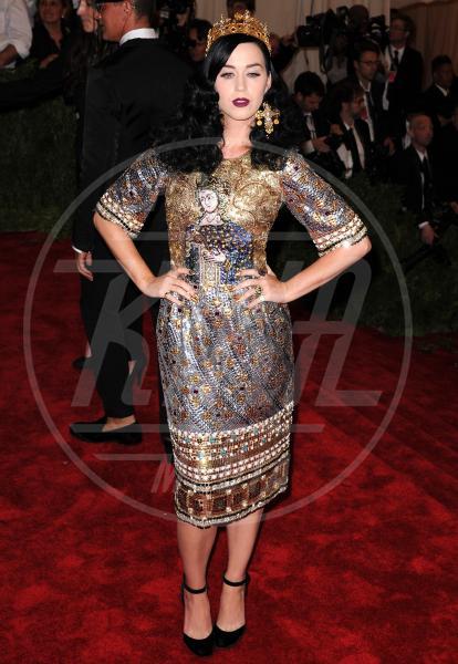 Katy Perry - New York - 06-05-2013 - Il rossetto dell'autunno? E' rosso Burgundy