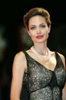 Angelina Jolie - Venezia - 02-09-2007 - Claire Farwell: io come Angelina Jolie