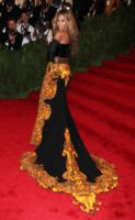 Beyonce Knowles - New York - 06-05-2013 - Beyoncé e Jay-Z allargano la famiglia?