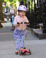Marion Broderick, Tabitha Broderick - New York - 14-05-2013 - Matthew Broderick: un mammo per le strade di New York