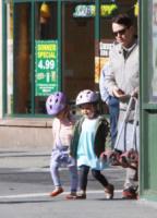 Marion Broderick, Tabitha Broderick, Matthew Broderick - New York - 14-05-2013 - Matthew Broderick: un mammo per le strade di New York
