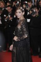 Clotilde Courau - Cannes - 14-05-2013 - Vedo non vedo: Cannes conferma il trend della sensualita'