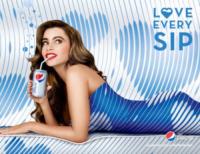 Sofia Vergara - Los Angeles - 15-05-2013 - Sofia Vergara ama ogni sorso di Diet Pepsi