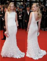 Tanya Dziahileva - Festival di Cannes: le dive viste di spalle