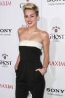 """Miley Cyrus - Hollywood - 15-05-2013 - Miley Cyrus: """"All'alcol preferisco la marijuana"""""""