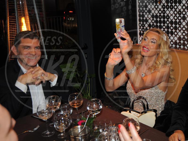 Giovanni Cottone, Valeria Marini - Cannes - 19-05-2013 - Valeria Marini, dopo le nozze un bambino