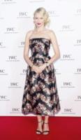 Naomi Watts - Cannes - 19-05-2013 - Vita stretta e gonna ampia: bentornati anni '50!