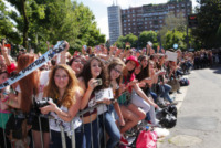 Fan One Direction - Milano - 20-05-2013 - Milano: l'isteria si chiama One Direction