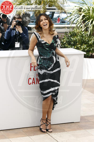 Sabrina Ferilli - 2013 - Cannes - 21-05-2013 - Bianco e nero: un classico sul tappeto rosso!