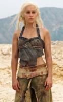 Emilia Clarke - 01-03-2011 - Trono di Spade 6, rilasciato il nuovo trailer