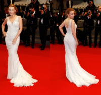 Kylie Minogue - Festival di Cannes: l'oblò sulla schiena di Clotilde Courau