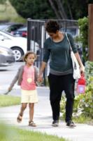 Nahla Ariela Aubry, Halle Berry - Los Angeles - 22-05-2013 - Halle Berry testimonia contro i paparazzi