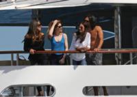 Nicola Roberts - Cannes - 22-05-2013 - Nicola Roberts, te la spassi sullo yacht degli Ecclestone?