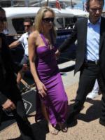 Sharon Stone - Cannes - 23-05-2013 - Sharon Stone a Cannes, su e giù dallo yacht di Cavalli
