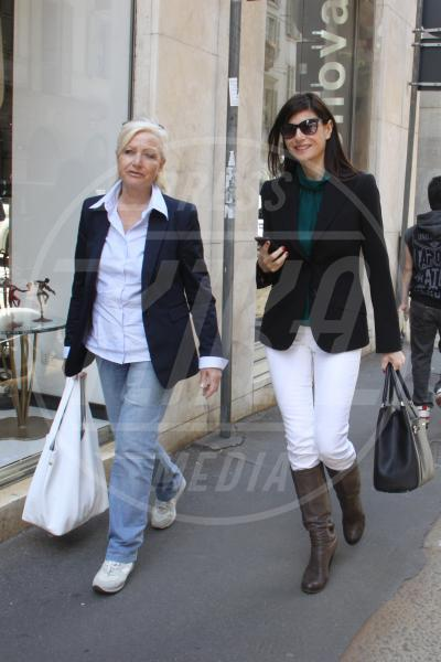 Ilaria d'Amico - Milano - 23-05-2013 - Il must dell'estate? I pantaloni bianchi