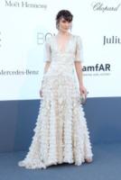 Milla Jovovich - Cannes - 23-05-2013 - Indecisa sull'abito nuziale? Ispirati al red carpet!