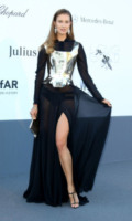 Cannes - 23-05-2013 - Contro il caldo dell'estate, prendi fresco con lo spacco!