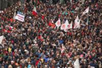 Funerali Don Gallo - Genova - 25-05-2013 - Funerali di Don Gallo: il sagrato è rosso
