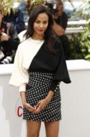 Zoe Saldana - Cannes - 20-05-2013 - Festival di Cannes: il red carpet è una scacchiera