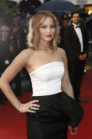 Jennifer Lawrence - Cannes - 18-05-2013 - Festival di Cannes: il red carpet è una scacchiera