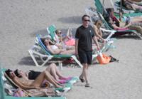 David Cameron - Ibiza - 27-05-2013 - Dalle bombette ai topless: David Cameron si rifà gli occhi