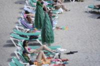 Samantha Cameron - Ibiza - 27-05-2013 - Dalle bombette ai topless: David Cameron si rifà gli occhi