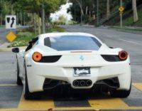 Selena Gomez, Justin Bieber - Calabasas - 03-12-2012 - Bieber al volante, pericolo e sputo costante