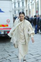 Carla Fracci - Milano - 30-05-2013 - Primavera 2015: con il soprabito, le celebs vanno… in bianco!