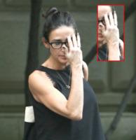Demi Moore - New York - 12-06-2011 - Vuoi sapere la vera età delle star? Guarda le loro mani
