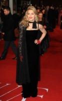 Madonna - Londra - 13-01-2012 - Madonna e la crisi: svenduta la casa dove visse con Sean Penn