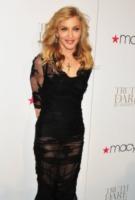 Madonna - New York - 12-04-2012 - Madonna e la crisi: svenduta la casa dove visse con Sean Penn