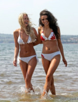 Jade Bulmer, Rachelle Graham - Torquay - 01-01-1970 - Beata Gioventù e beata bellezza…le miss made in UK