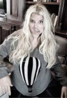Jessica Simpson - Los Angeles - 03-06-2013 - Dillo con un tweet: il lato b della Canalis merita gli applausi