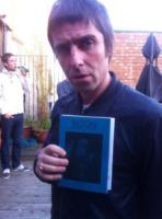 Liam Gallagher - Liverpool - 04-06-2013 - Dillo con un tweet: il lato b della Canalis merita gli applausi