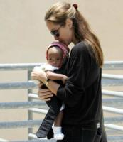 Angelina Jolie, Brad Pitt - Los Angeles - 20-07-2005 - Angelina accusa Gala e difende Madonna