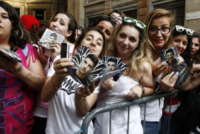 Fan - Milano - 05-06-2013 -  Bagno di folla milanese per il vincitore di Amici Moreno