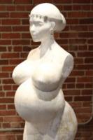 Statua Kim Kardashian - Los Angeles - 05-06-2013 - Kim Kardashian incinta diventa arte per Daniel Edwards