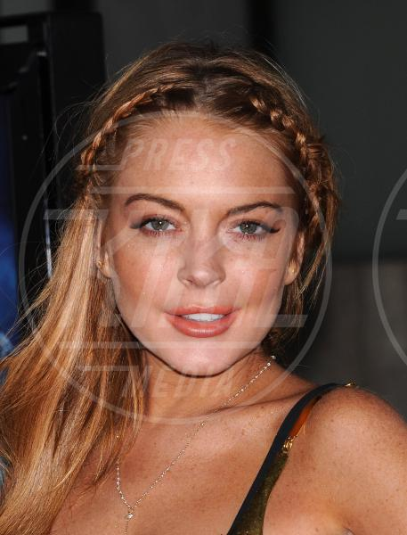 Lindsay Lohan - Hollywood - 10-04-2013 - Lindsay Lohan perde una falange, ma non il buonumore