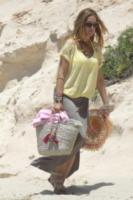Rachele Di Fiore - Formentera - 06-06-2013 - Paglia, vimini & corda: ecco le borse dell'estate!