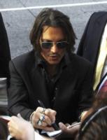 Johnny Depp - Los Angeles - 07-05-2012 - Johnny Depp: 10 milioni sono troppo pochi. E molla il set