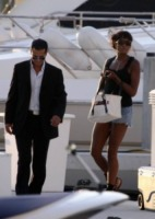 Naomi Campbell - Miami - 28-02-2009 - Cara Naomi, quando vai in Sicilia, non toccare i paparazzi!