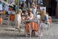 Giulia Calcaterra, Alessia Reato, Costanza Caracciolo - Anacapri - 09-06-2013 - Da Torino con furore: le Superga sono le scarpe delle star