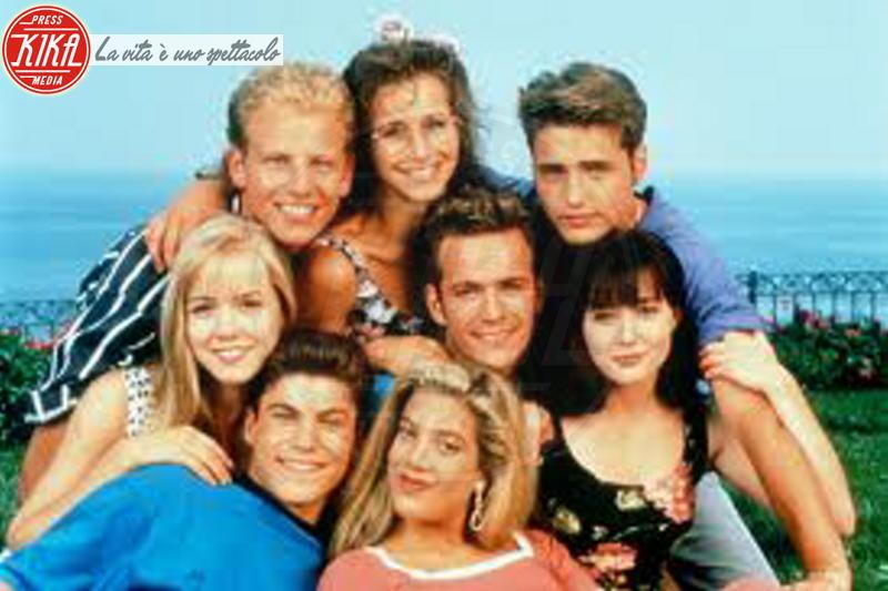Ian Ziering, Brian Austin Green, Shannen Doherty, Jennie Garth, Tori Spelling, Jason Priestley - Beverly Hills - 09-06-2013 - Beverly Hills 90210: Donna e Kelly, qualcosa è cambiato!