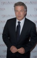 Alec Baldwin - New York - 10-06-2013 - Alec Baldwin resta in tv con un talk show