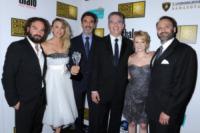 Steven Molaro, Bill Prady, Melissa Rauch, Chuck Lorre, Johnny Galecki, Kaley Cuoco - Beverly Hills - 09-06-2013 - Il cast di Big Bang Theory insieme per ottenere un aumento