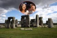 Stonehenge, Mila Kunis, Ashton Kutcher - Stonehenge - 24-10-2011 - Nozze a Stonehenge per Kutcher-Kunis, Demi Moore permettendo