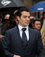Henry Cavill - Londra - 12-06-2013 - Londra: Amy Adams veste italiano alla première di Man of Steel